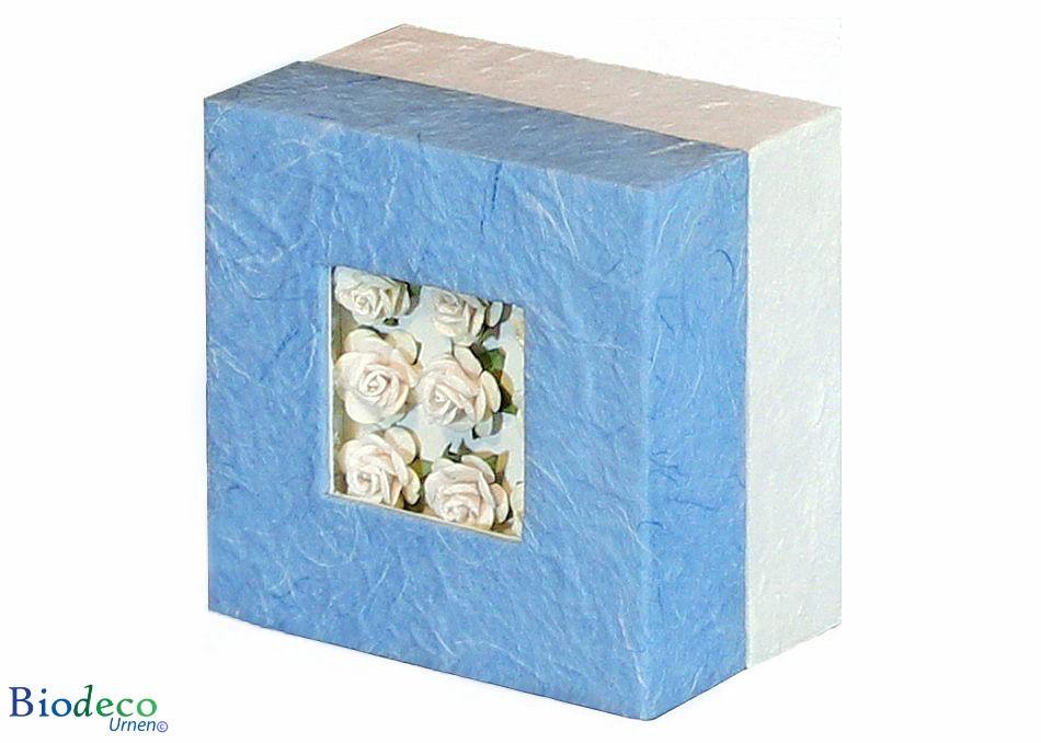 De biologisch afbreekbare mini-urn Bloemen Boeket, bekleed met handgeschept papier, voor een asbijzetting in de aarde